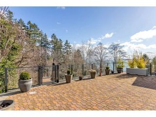 """Photo 12: 1324 HIGH Street: White Rock House for sale in """"West Beach"""" (South Surrey White Rock)  : MLS®# R2540194"""