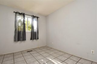Photo 17: 16 CASTLEGROVE Place NE in Calgary: Castleridge Detached for sale : MLS®# C4208662