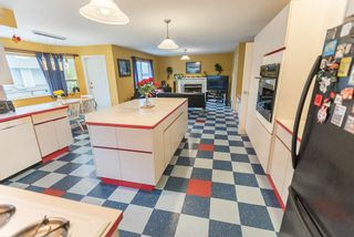 """Photo 11: 536 SAN REMO Drive in Port Moody: North Shore Pt Moody House for sale in """"NORTH SHORE"""" : MLS®# R2204199"""