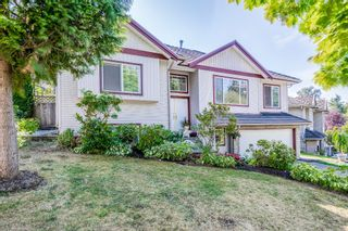 """Photo 2: 14538 78 Avenue in Surrey: East Newton House for sale in """"Chimney Heights"""" : MLS®# R2198322"""