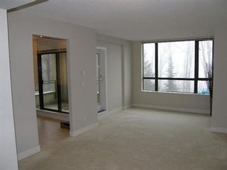 Photo 10: 302 9300 UNIVERSITY CRESCENT in Burnaby: Home for sale
