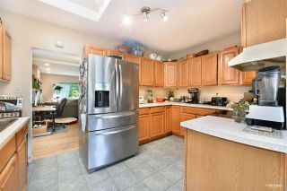 Photo 3: 3825 W 19TH Avenue in Vancouver: Dunbar House for sale (Vancouver West)  : MLS®# R2575706