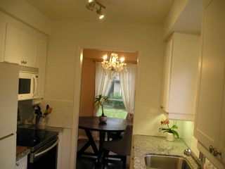 Photo 13: 229 Village Wood Road in Oakville: Bronte West House (2-Storey) for lease : MLS®# W5242624