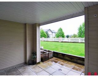 """Photo 9: 119 19750 64TH Avenue in Langley: Willoughby Heights Condo for sale in """"The Davenport"""" : MLS®# F2814814"""