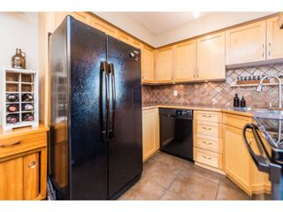 """Photo 9: 974 HOWIE Avenue in Coquitlam: Central Coquitlam Townhouse for sale in """"Wildwood Place"""" : MLS®# R2350981"""