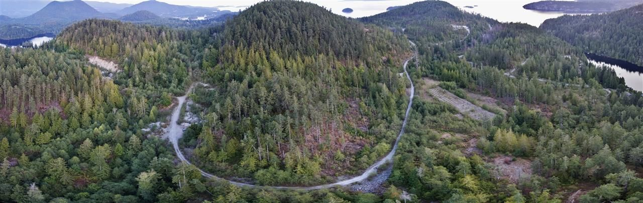"Main Photo: LT 3921 LEE ROAD in Garden Bay: Pender Harbour Egmont Land for sale in ""SAKINAW RIDGE"" (Sunshine Coast)  : MLS®# R2497577"