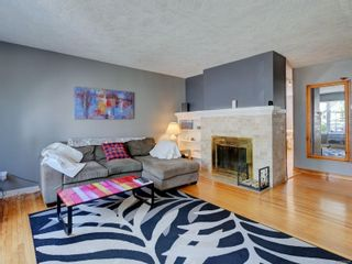 Photo 2: 3182 Rutledge St in Victoria: Vi Mayfair House for sale : MLS®# 879270
