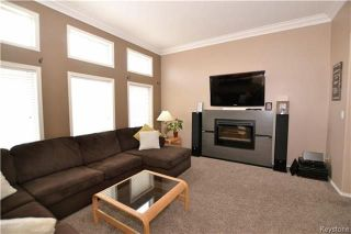 Photo 6: 48 Chadwick Crescent in Winnipeg: Canterbury Park Residential for sale (3M)  : MLS®# 1807939
