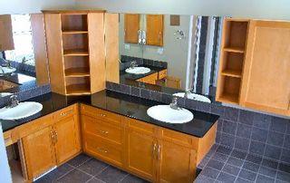 Photo 12: 411 CALDERON CRESCENT in Edmonton: House for sale (Cumberland)  : MLS®# E3282766