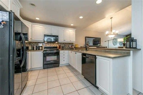 Photo 17: Photos: 53 N Lady May Drive in Whitby: Rolling Acres House (Bungaloft) for sale : MLS®# E3206710