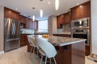 Photo 4: 402 11826 100 Avenue in Edmonton: Zone 12 Condo for sale : MLS®# E4256273