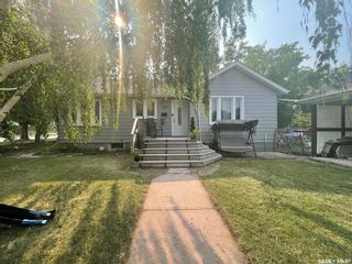 Photo 1: 140 8th Avenue in Canora: Residential for sale : MLS®# SK870239