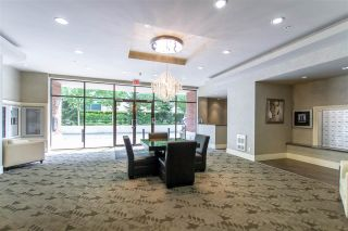 """Photo 2: 1804 2959 GLEN Drive in Coquitlam: North Coquitlam Condo for sale in """"The Parc"""" : MLS®# R2398572"""