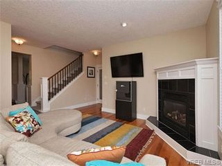 Photo 7: 1965 W Burnside Rd in VICTORIA: VR Hospital House for sale (View Royal)  : MLS®# 701142