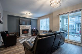 """Photo 13: 94 6575 192 Street in Surrey: Clayton Townhouse for sale in """"IXIA"""" (Cloverdale)  : MLS®# R2502257"""