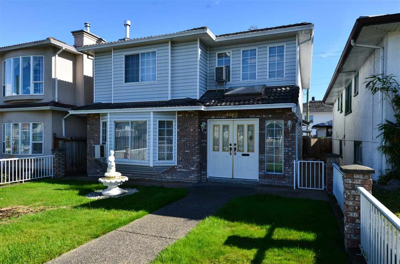 Main Photo: 3878 VICTORIA DRIVE in : Victoria VE House for sale : MLS®# R2114900
