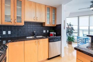 Photo 6: 2504 1078 6 Avenue SW in Calgary: Downtown West End Apartment for sale : MLS®# C4264239