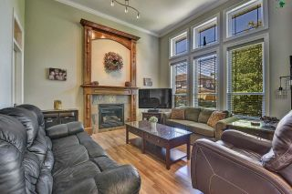 Photo 4: 7901 155A Street in Surrey: Fleetwood Tynehead House for sale : MLS®# R2611912