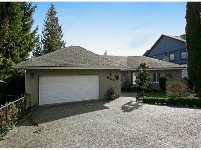 "Main Photo: 47460 MOUNTAIN PARK Drive in Chilliwack: Little Mountain House for sale in ""LITTLE MOUNTAIN"" : MLS®# H2151060"