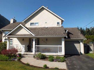 Photo 4: 21013 GREENWOOD Drive in Hope: Hope Kawkawa Lake House for sale : MLS®# R2569755
