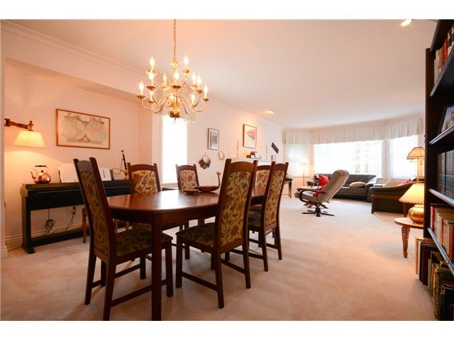 """Photo 8: Photos: 1648 SPYGLASS Crescent in Tsawwassen: Cliff Drive House for sale in """"Imperial Village"""" : MLS®# V1114197"""