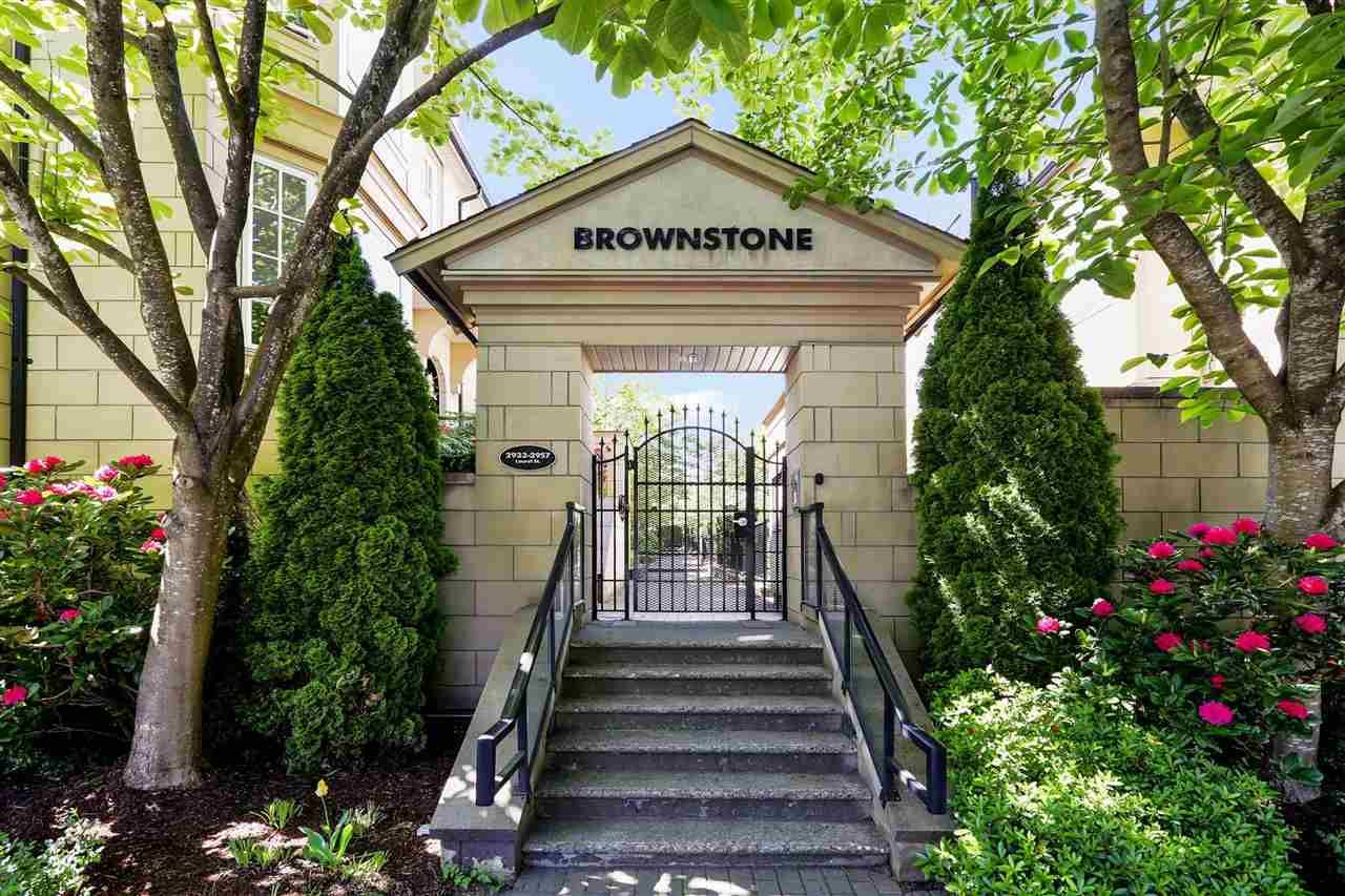 """Main Photo: 2939 LAUREL Street in Vancouver: Fairview VW Townhouse for sale in """"BROWNSTONE"""" (Vancouver West)  : MLS®# R2597840"""