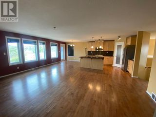 Photo 5: 648 Bankview Drive in Drumheller: House for sale : MLS®# A1131346