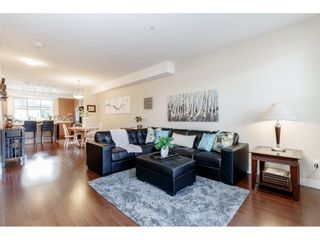 """Photo 5: 98 9525 204 Street in Langley: Walnut Grove Townhouse for sale in """"TIME"""" : MLS®# R2401291"""
