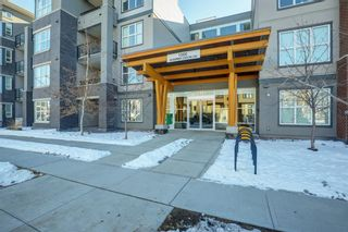 Photo 3: 1110 95 Burma Star Road SW in Calgary: Currie Barracks Apartment for sale : MLS®# A1069567