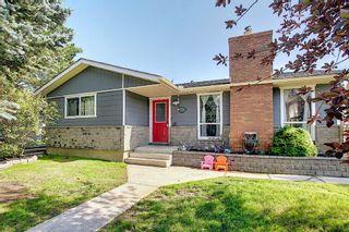 Photo 1: 6511 24 Avenue NE in Calgary: Pineridge Detached for sale : MLS®# A1152283