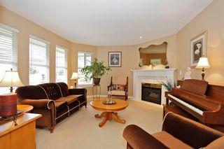 """Photo 8: 34 15860 82ND Avenue in Surrey: Fleetwood Tynehead Townhouse for sale in """"Oak Tree"""" : MLS®# F1435529"""