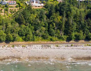 """Photo 32: 13576 13A Avenue in Surrey: Crescent Bch Ocean Pk. House for sale in """"Waterfront Ocean Park"""" (South Surrey White Rock)  : MLS®# R2606247"""