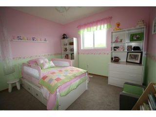 Photo 13: 13 CITADEL Circle NW in CALGARY: Citadel Residential Detached Single Family for sale (Calgary)  : MLS®# C3492836