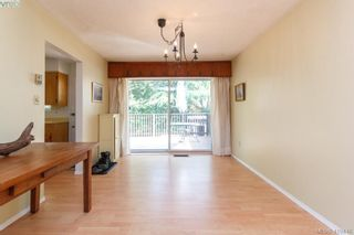 Photo 7: 618 Goldie Ave in VICTORIA: La Thetis Heights House for sale (Langford)  : MLS®# 813665