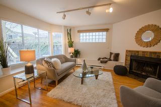 Photo 2: 2830 W 7TH AVENUE in Vancouver West: Kitsilano Home for sale ()  : MLS®# R2233287