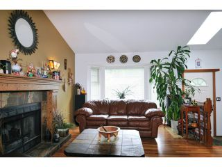 Photo 3: 1284 WHITE PINE Place in Coquitlam: Canyon Springs House for sale : MLS®# V1013466