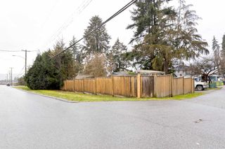 Photo 2: 643 SHAW Avenue in Coquitlam: Coquitlam West House for sale : MLS®# R2531309