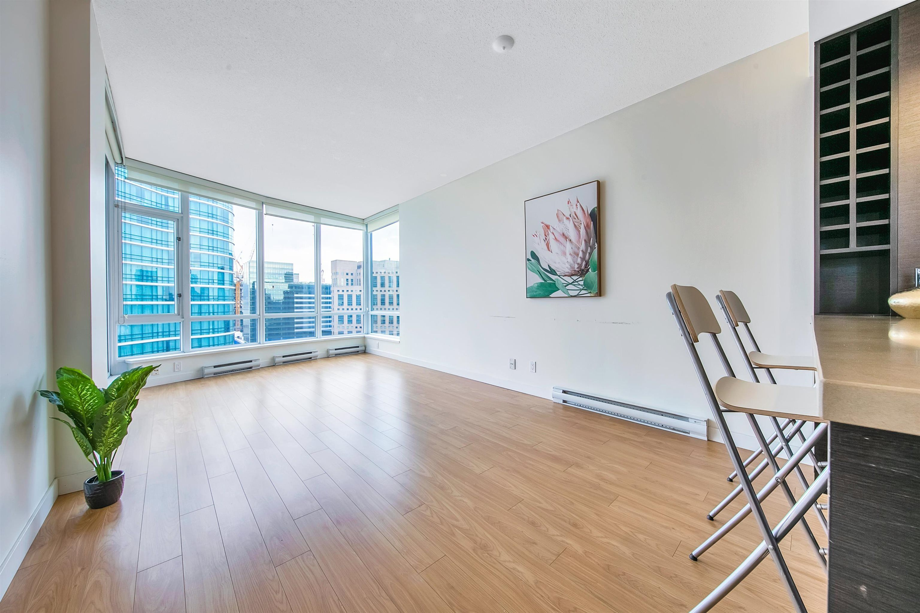 """Photo 8: Photos: 2302 833 HOMER Street in Vancouver: Downtown VW Condo for sale in """"Atelier"""" (Vancouver West)  : MLS®# R2615820"""