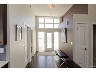 Photo 2: 75 Northern Lights Drive in Winnipeg: South Pointe Residential for sale (1R)  : MLS®# 1702374