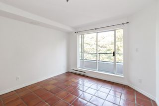 """Photo 11: 311 1988 MAPLE Street in Vancouver: Kitsilano Condo for sale in """"THE MAPLES"""" (Vancouver West)  : MLS®# R2497159"""