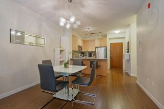 """Photo 6: 212 119 W 22ND Street in North Vancouver: Central Lonsdale Condo for sale in """"Anderson Walk by Polygon"""" : MLS®# R2412943"""