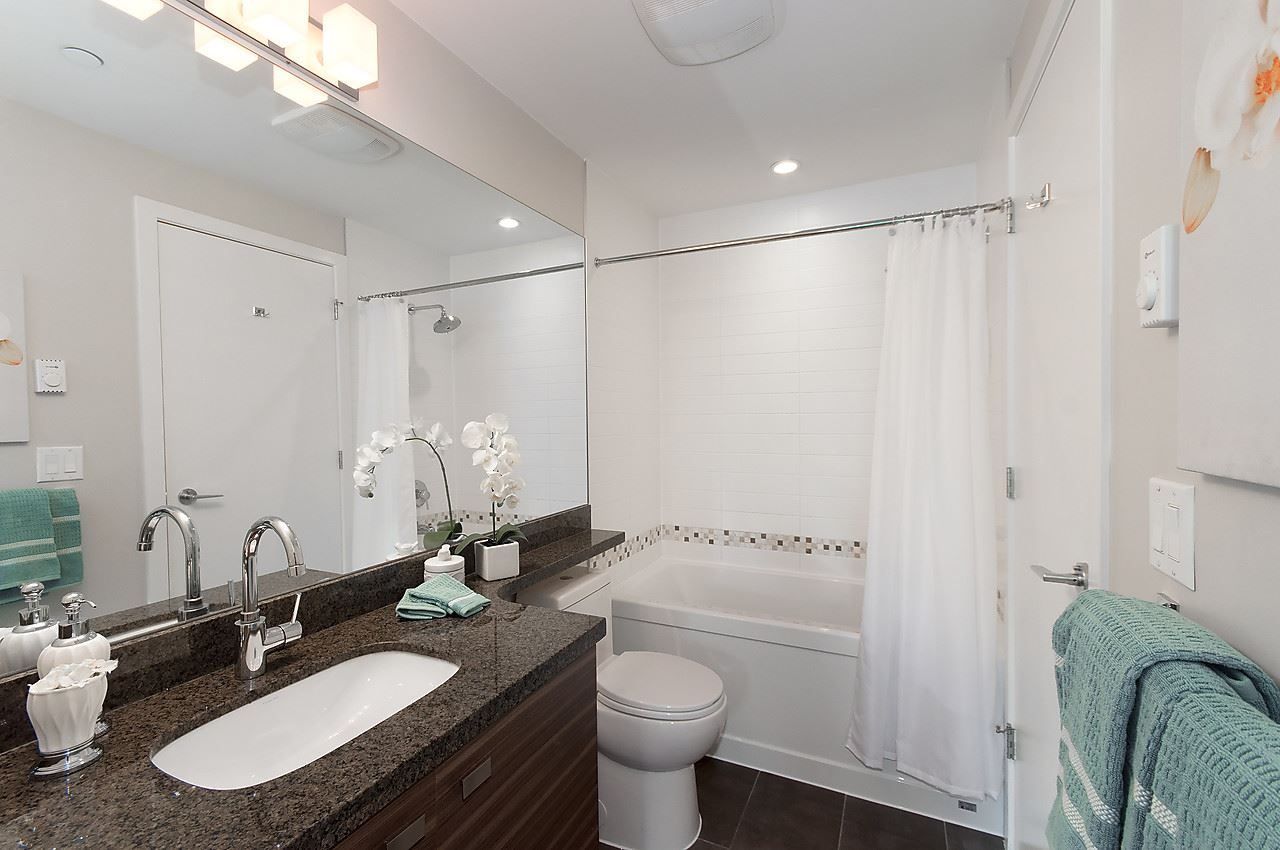 """Photo 17: Photos: 205 1273 MARINE Drive in North Vancouver: Norgate Condo for sale in """"THE IVY"""" : MLS®# R2116116"""