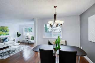 """Photo 3: 15 2830 BOURQUIN Crescent in Abbotsford: Central Abbotsford Townhouse for sale in """"Abbotsford Court"""" : MLS®# R2387328"""