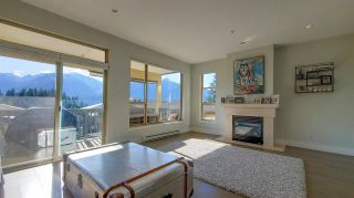 """Photo 5: 8 1024 GLACIER VIEW Drive in Squamish: Garibaldi Highlands Townhouse for sale in """"Seasonsview"""" : MLS®# R2565064"""