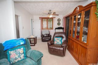 Photo 5: 300 Carson Street in Dundurn: Residential for sale : MLS®# SK863993