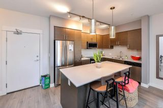Photo 5: 102 290 Wilfert Rd in : VR View Royal Condo for sale (View Royal)  : MLS®# 870587