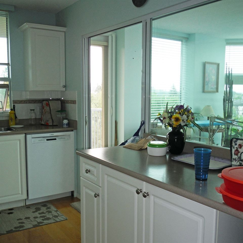 """Photo 17: Photos: 806 12148 224 Street in Maple Ridge: East Central Condo for sale in """"PANORAMA"""" : MLS®# R2285555"""