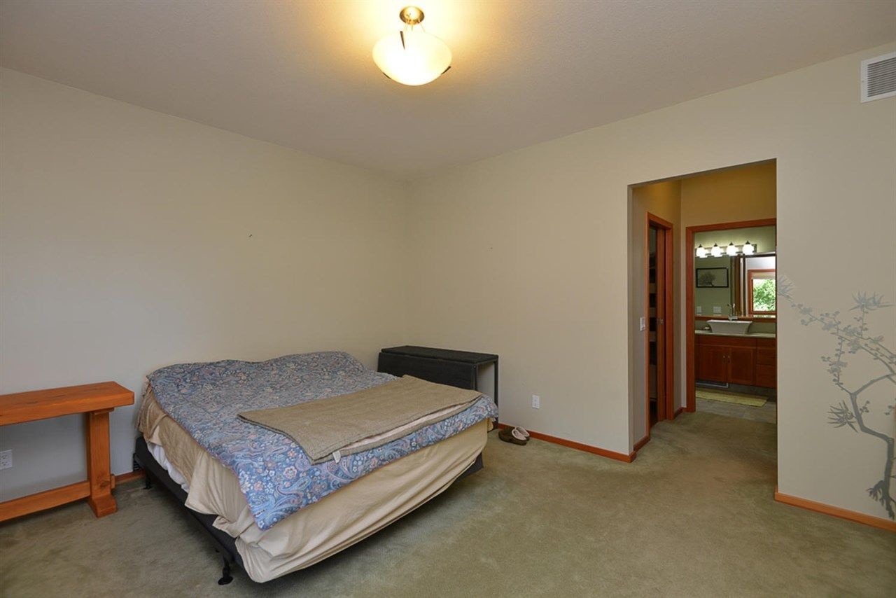 Photo 13: Photos: 505 MAPLE Street in Gibsons: Gibsons & Area House for sale (Sunshine Coast)  : MLS®# R2293109
