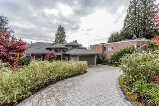 Main Photo: 2566 MARINE Drive in West Vancouver: Dundarave House for sale : MLS®# R2568519