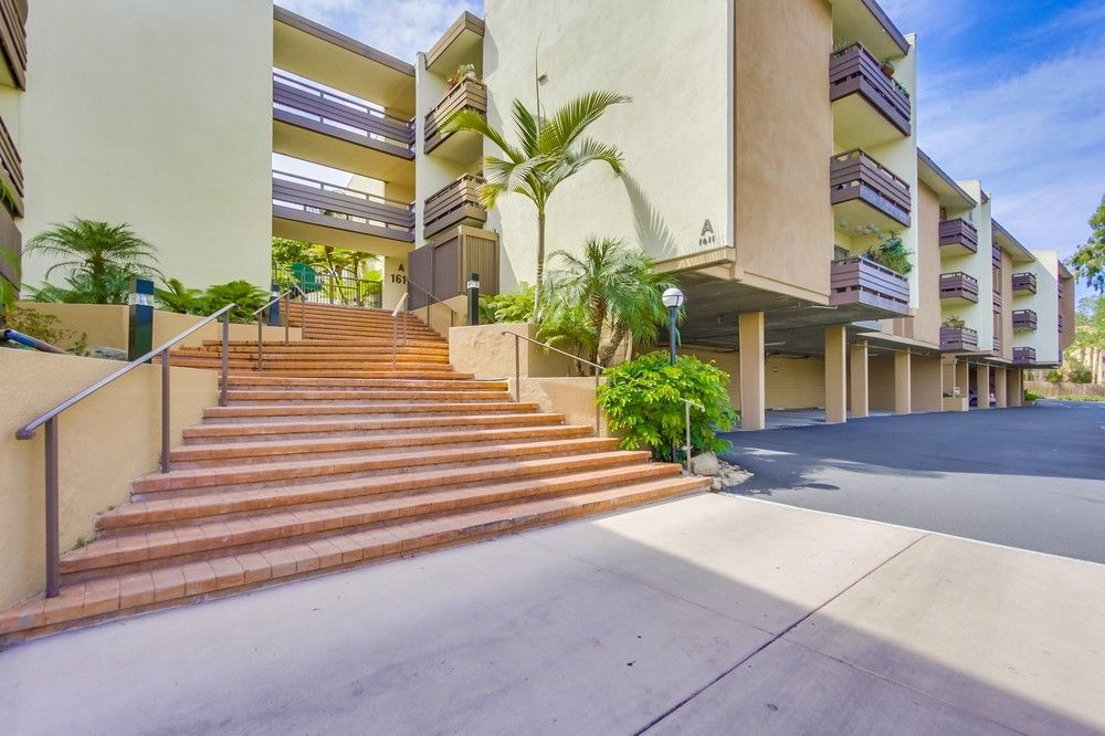Main Photo: MISSION VALLEY Condo for sale : 1 bedrooms : 1625 Hotel Circle C302 in San Diego